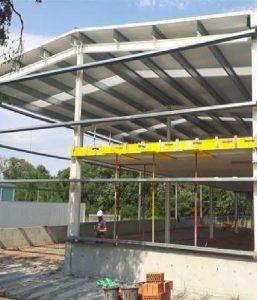 Modificação de estruturas de uma fábrica, Maçanet de la Selva